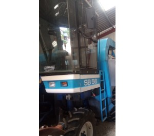 Machine a vendanger New Holland SB56
