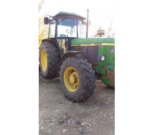 Tracteur John Deere 3350